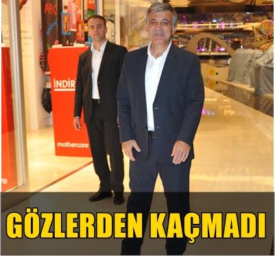 ABDULLAH GÜL TORUNLARINA BAYRAM HEDİYESİ ALDI!..
