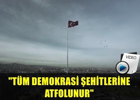 ÜNLÜ YÖNETMEN MUSTAFA USLU'NUN YENİDEN EDİTLEDİĞİ VE TÜM DEMOKRASİ ŞEHİTLERİNE ATFETTİĞİ 'BAYRAK FİLMİ' HERKESİ ÇOK DUYGULANDIRDI!..