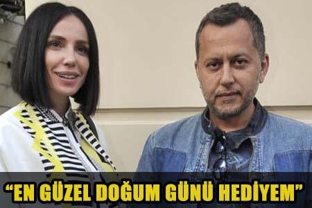 GÜLŞEN BEBEĞİNİ İLK KEZ TARKAN'IN KOLLARINDA GÖSTERDİ!..
